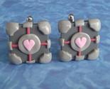 portal-companion-cube-cufflinks