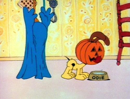 Garfield's Halloween Adventure - Garfield Scares Odie