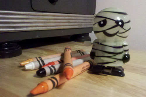 Wind-Up Glow-in-the-Dark Mummy