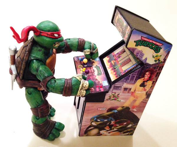 TMNT Action Figure Playing TMNT Arcade Cabinet